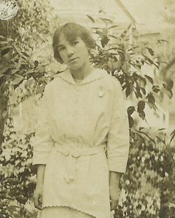 Gladys Eda <i>Tucker</i> Shaw
