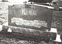 Della Mae <i>Davidson</i> King