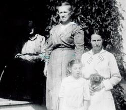 Viola Birdie Auntie Crooks