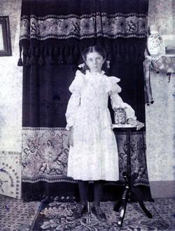 Villa Gladys <i>McFadden</i> O'Brien