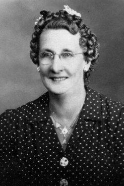 Margaret M Maggie <i>Wahler</i> Clader Van Nest