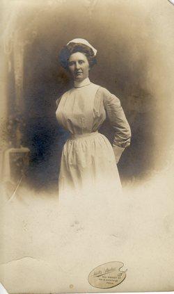 Nell Rebecca Beck