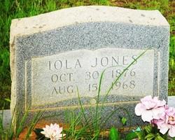 Iola <i>Hawthorne</i> Jones