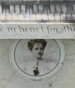 Estelle Brazier