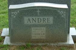 Veronica <i>Warren</i> Andre