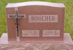 Lois <i>Woodmansee</i> Boucher