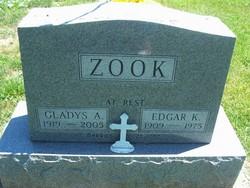 Gladys A. <i>Piercy</i> Zook