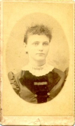 Lillian Belle Lillie <i>Leggitt</i> Bridges