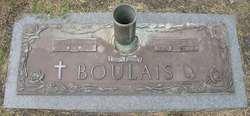 William R Boulais