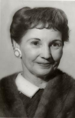 Gertrude Gi Gi <i>Kerr</i> Doche