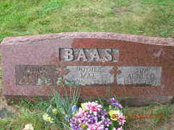 Mae Baas