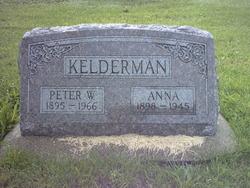 Peter W Kelderman
