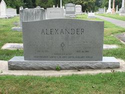 Laura Luenda <i>Duncan</i> Alexander