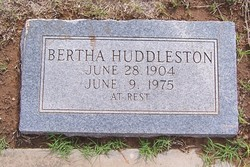 Bertha L <i>Huddleston</i> Huddleston
