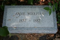 Annie Woolfolk