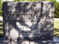 Charles N Vandeveer