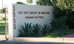 Holy Hope Cemetery & Mausoleum