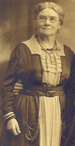 Sarah Foster <i>Everett</i> Hamilton
