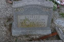 Estelle Richardson