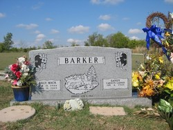 Sandy Carolyn <i>Garner</i> Barker