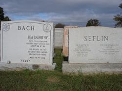 Ida (Hy) Dorothy <i>Seflin</i> Bach