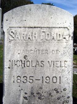 Sarah <i>Viele</i> Fonda