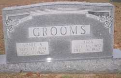 Octa Lura <i>Phillips</i> Grooms
