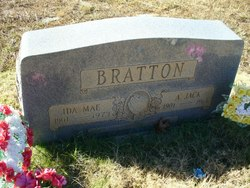 Ida Mae <i>Meek</i> Bratton