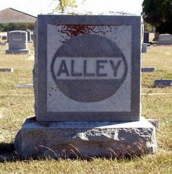 Permelia <i>Lee</i> Alley