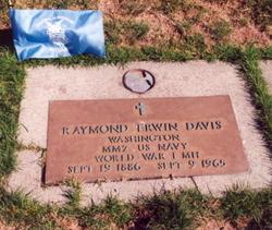 Raymond Erwin Davis