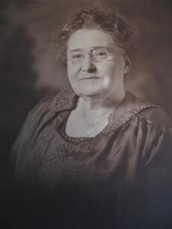 Florence Lucinda <i>Hale</i> Fuller