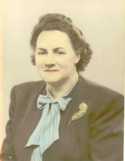 Maude Adelaide <i>Woody</i> Royeton Niece