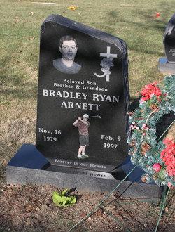 Bradley Ryan Arnett