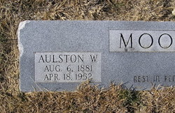 Aulston White Moore