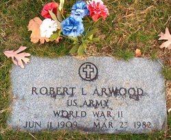 Robert L Arwood