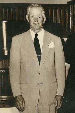 Ben J Albright