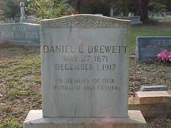 Daniel Lacy Drewett
