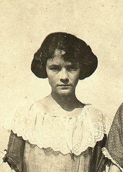 Lillian Emma <i>Maphet</i> Eells