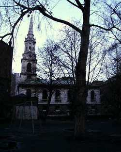 St Giles in the Fields Churchyard