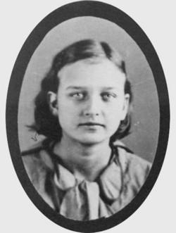 Evelyn Bonnie Adams