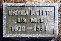 Madora L <i>Clute</i> Armatage