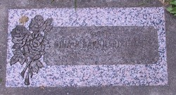 Nina R <i>Barnhard</i> Hecht