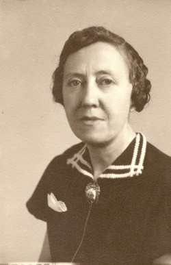 Grace Elizabeth <i>Lowman</i> Brown