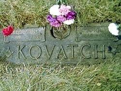 Blodwin <i>Davies</i> Kovatch