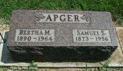 Bertha Mae <i>Roderick</i> Apger
