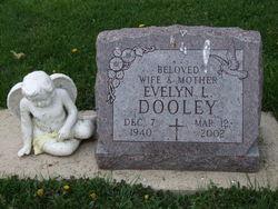 Evelyn L <i>Graham</i> Dooley