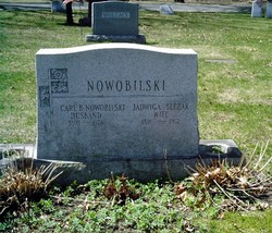 Jadwiga <i>Slezak</i> Nowobilski