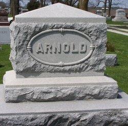 Alma Faye <i>Briggs</i> Arnold