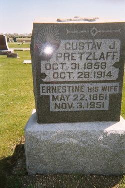 Gustav Julius Pretzlaff