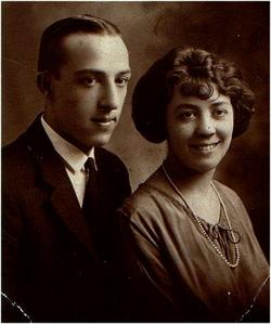 Edna Mae <i>Briggs</i> Schultz